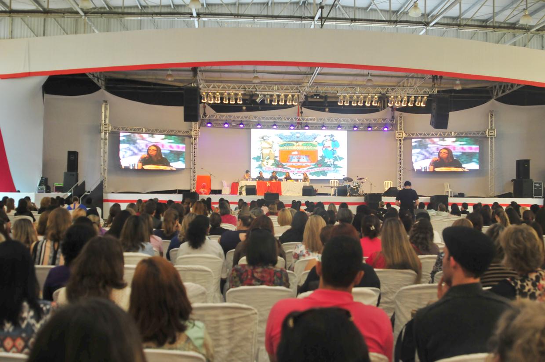Em 2014, simpósio reuniu cerca de 1700 participantes