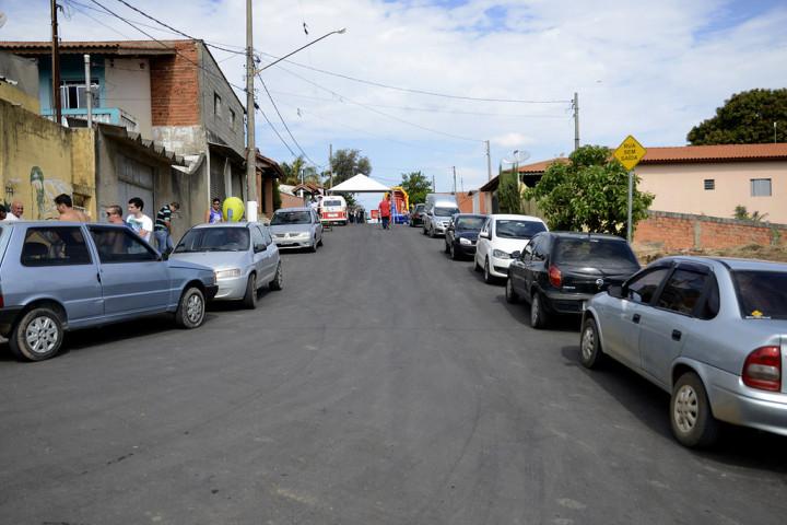 O asfalto mudou a realidade do Jardim Santa Adélia: luta comunitária de 30 anos