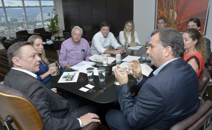 Bigardi e Cereser se reuniram com representantes da GLP para tratar do novo empreendimento