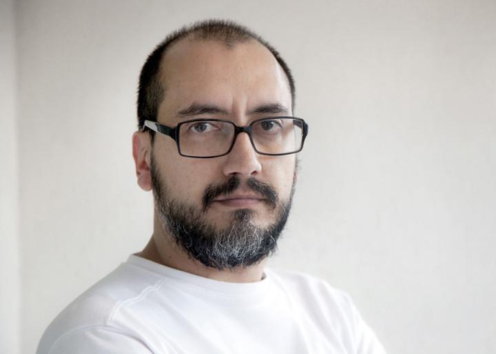 Monotipia: artista usa técnica de impressão diferenciada