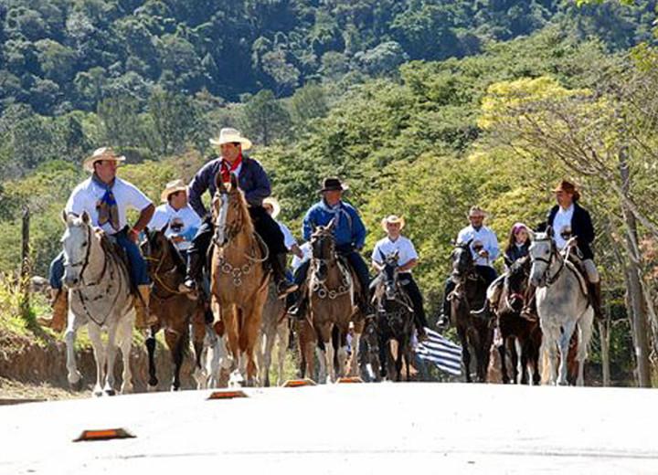 Evento valoriza o patrimônio da paisagem rural e da história do tropeirismo