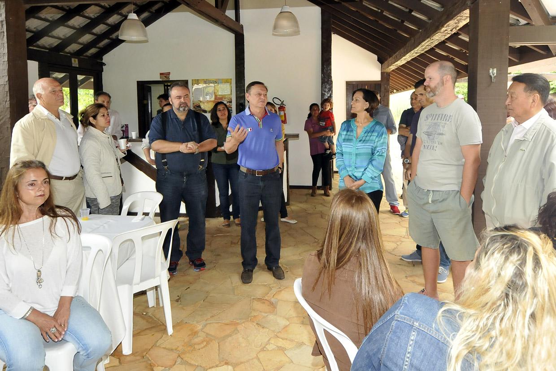 Pedro Bigardi recebe agredecimentos dos moradores do condomínio Parque Manacás