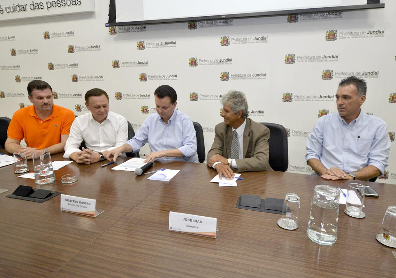 Pedro Bigardi recebe Kassab para assinatura de convênio