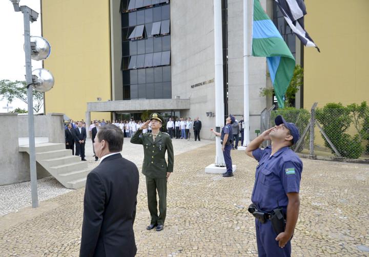 Solenidade reuniu autoridades públicas, militares e representantes da sociedade