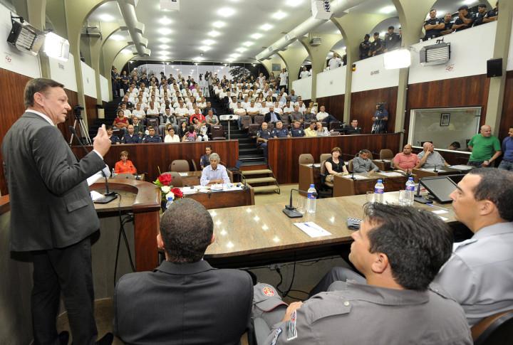 O prefeito Pedro Bigardi destacou os relevantes serviços prestados pela Guarda Municipal