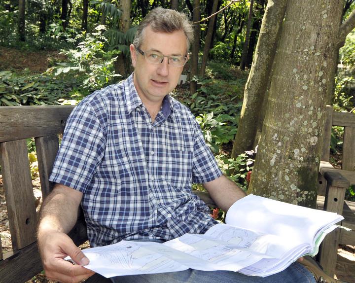 O diretor do Jardim Botânico, Renato Steck, explica que áreas serão preservadas e usadas para pesquisa
