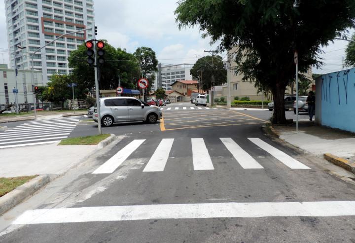 Nova sinalização garante segurança dos pedestres e motoristas da região