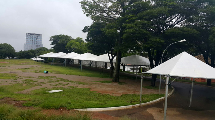 Parque da Uva já começou a receber a estrutura da festa