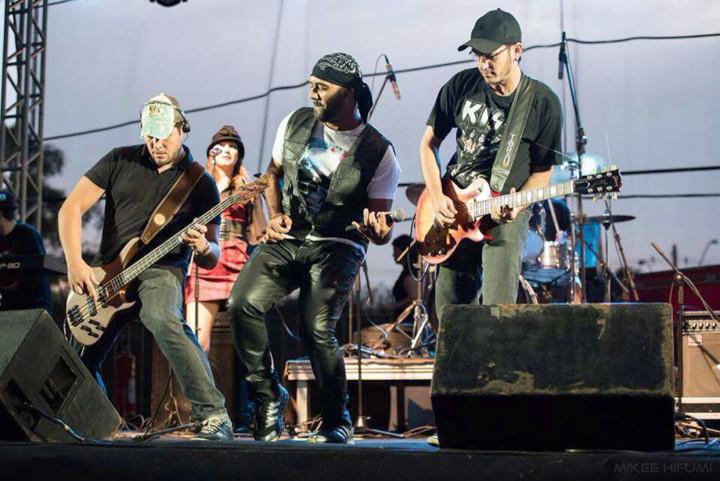Johnny Groove leva repertório dos anos 70, 80 e 90 ao evento