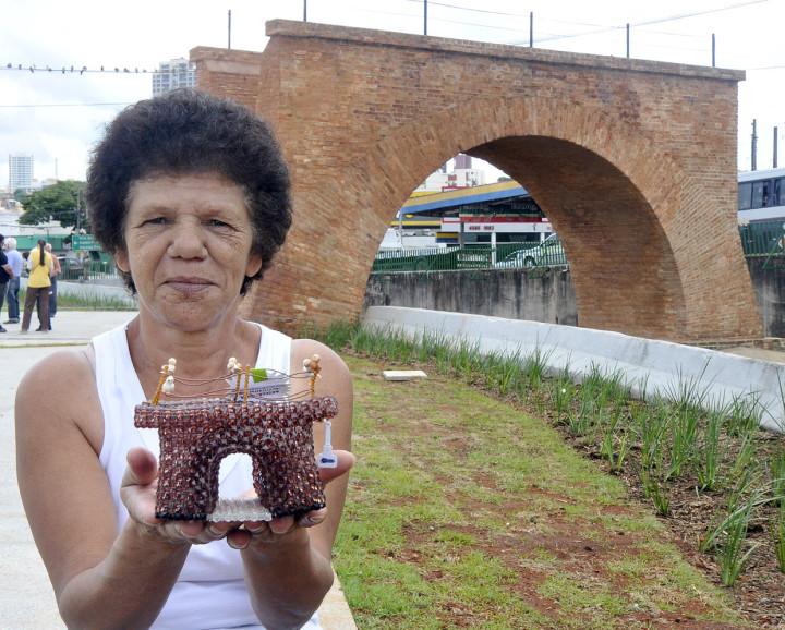 Odila Grella de Oliveira, 55 anos