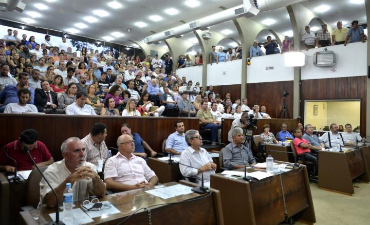 O plenário da Câmara lotou para a audiência pública do Plano