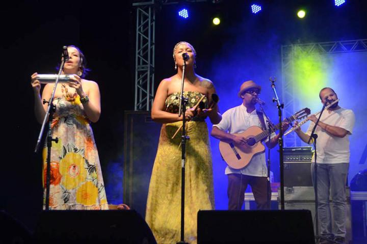 Grupo de Cultura popular, Araúna, reúne ritmos diversificados em show