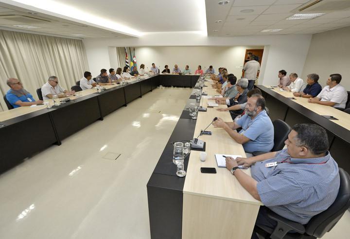 Encontro do Gabinete de Gestão de Riscos tem a chuva como principal ponto de discussão