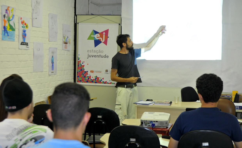 Pré-vestibular foi mais um curso preparatório realizado no Estação Juventude