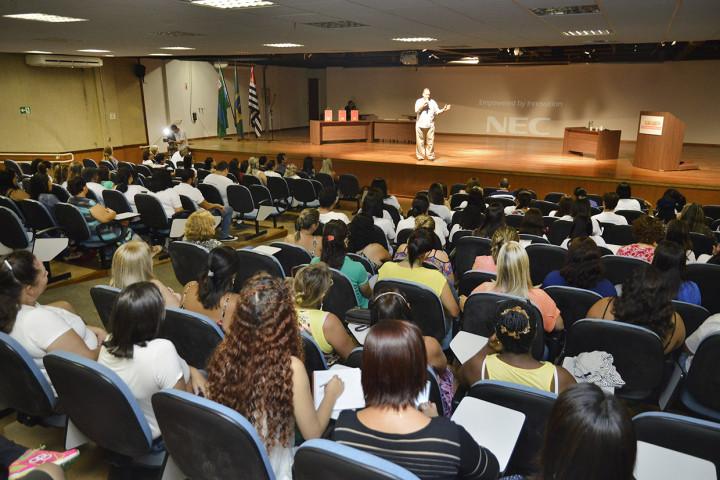 Agentes das cidades da AUJ participaram do encontro