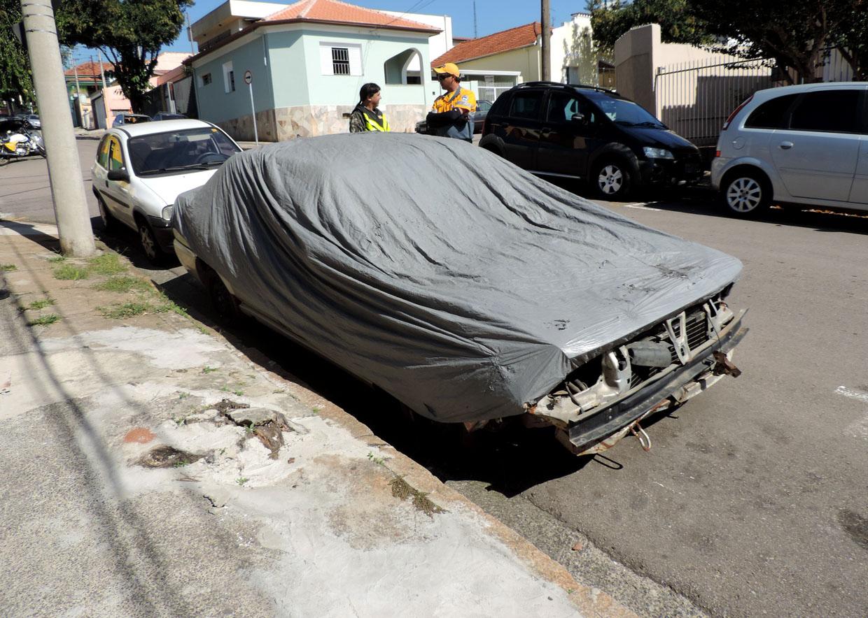 Proprietário tem 60 dias para retirar carro após ir para o pátio