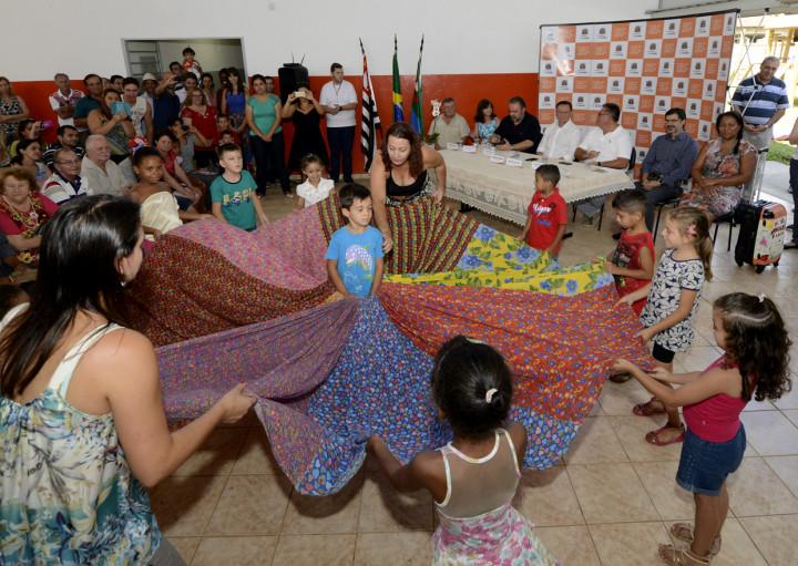 Crianças realizaram apresentações durante o evento