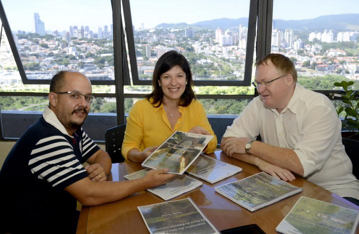 Martin (DAE), Daniela da Camara e Marcelo Pilon (SMPMA)