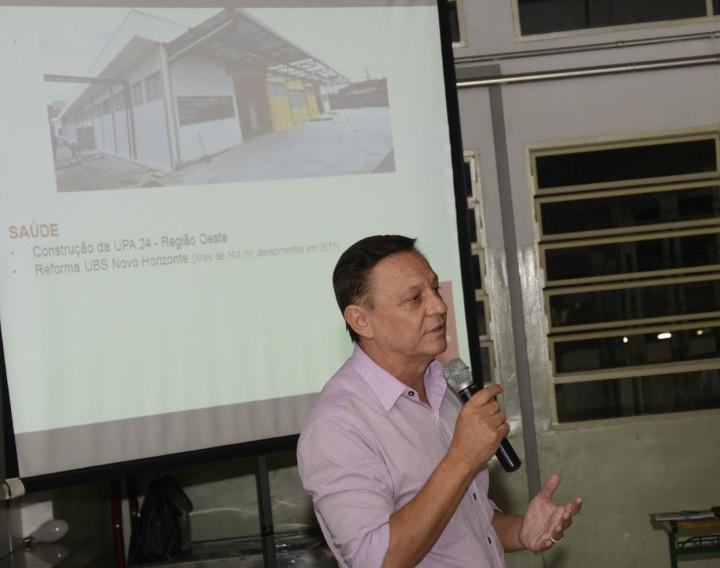 Prefeito destacou investimentos feitos na região e ouviu os moradores