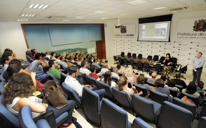 Evento ocupou o auditório do Paço: luta correta de Jundiaí há 33 anos
