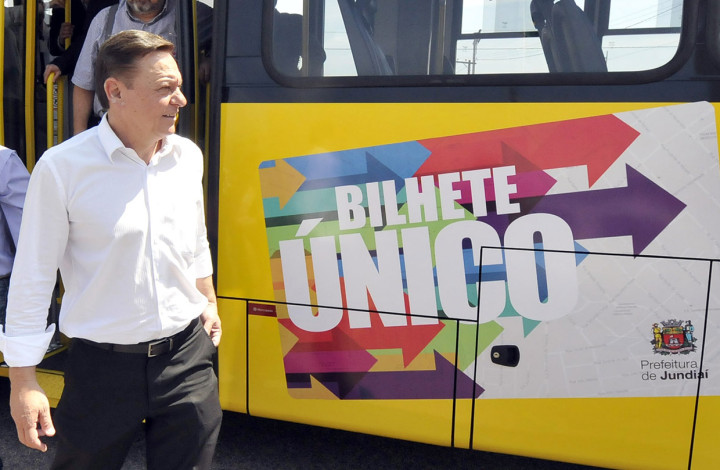 O bilhete único manteve tarifa e estimula uso de transporte coletivo