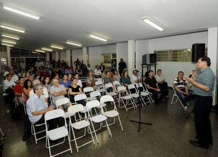 Moradores da região do Bonfiglioli puderam fazer perguntas e dar sugestões