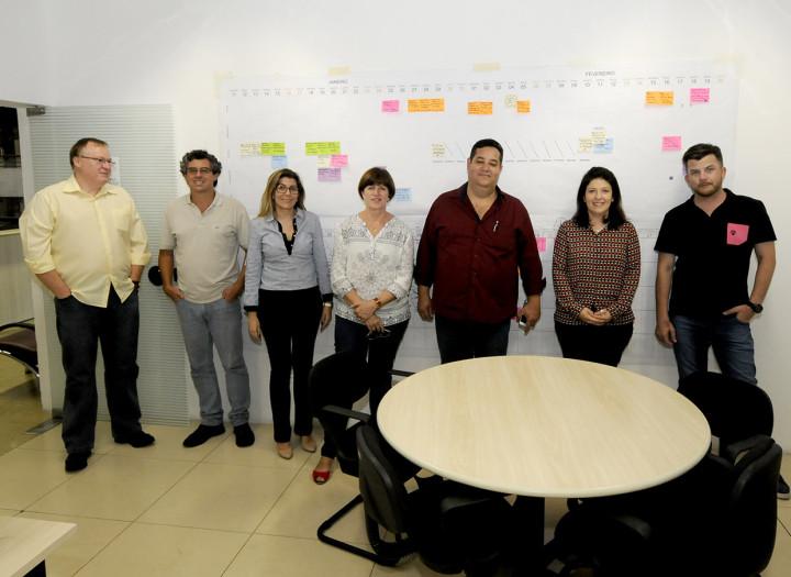 Daniela Sutti e equipe técnica recebe comissão de vereadores para discutir o Plano Diretor