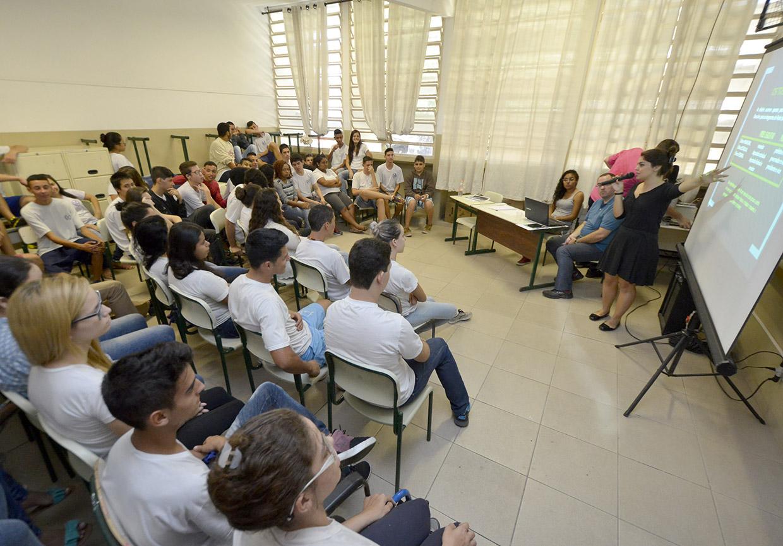 No encontro, alunos podem esclarecer dúvidas