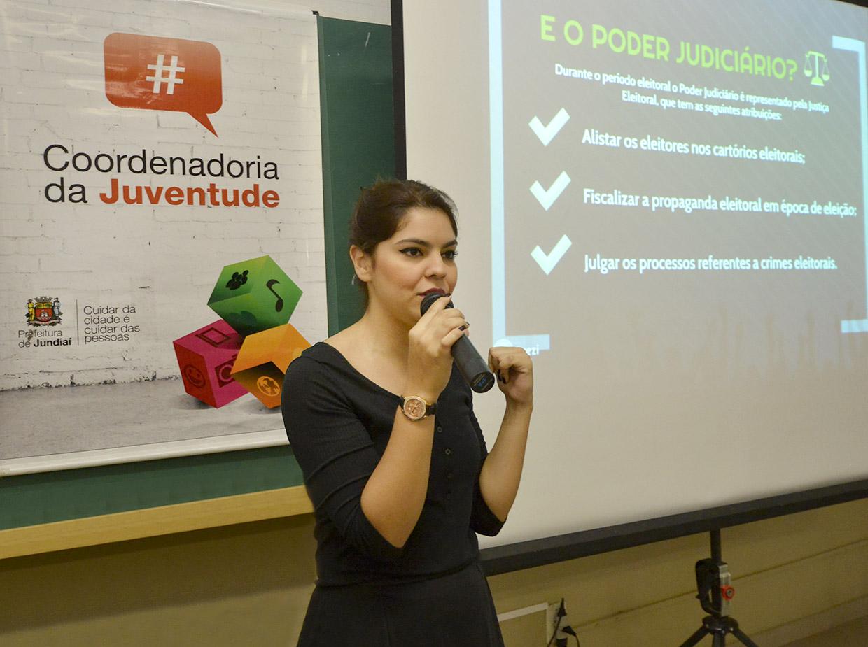 Narrinam falou sobre importância da participação dos jovens na política