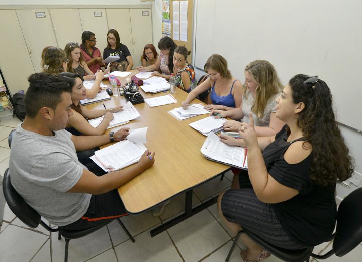 Professores participam ativamente da proposta curricular