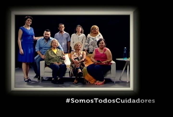 """Cena do filme """"#somostodoscuidadores"""""""