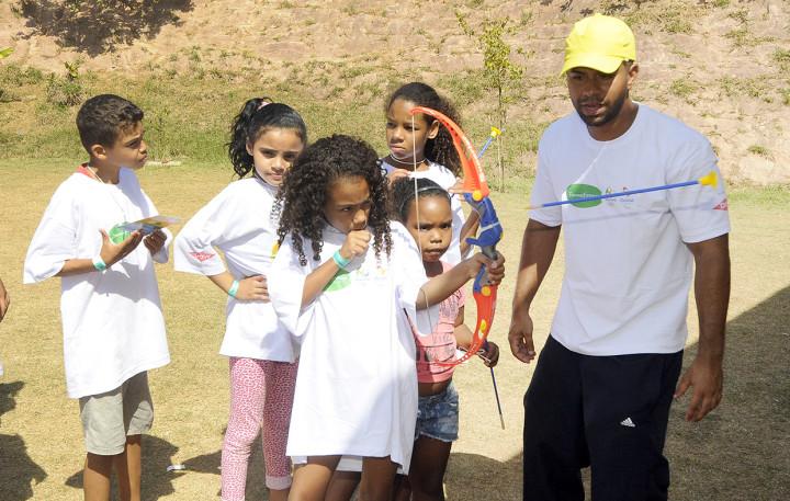Festival esportivo Transforma levou atividades para crianças e jovens