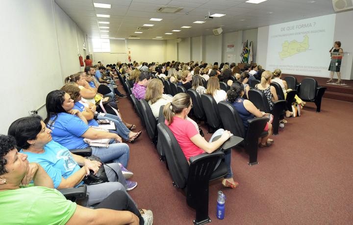 Cerca de 100 profissionais de Jundiaí e região participação da capacitação