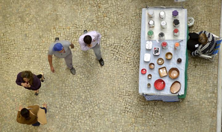 Uma das barracas no térreo do Paço: criatividade sustentável é atração