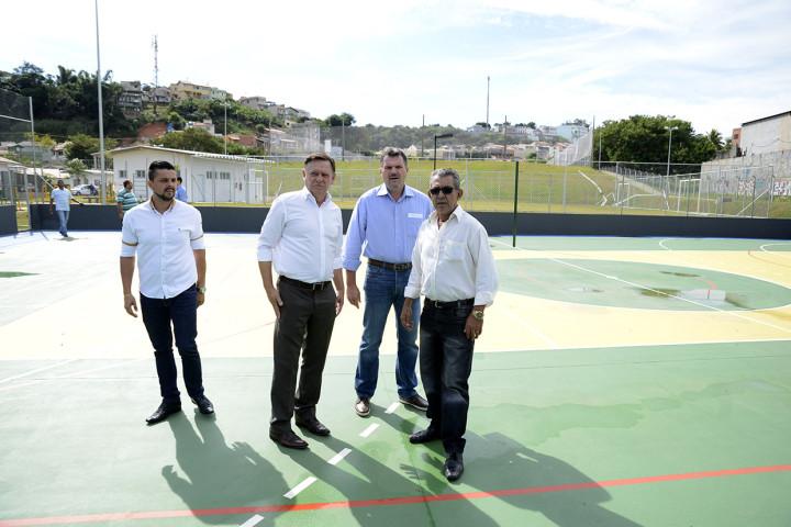 Bigardi vistoria as melhorias do Centro Esportivo