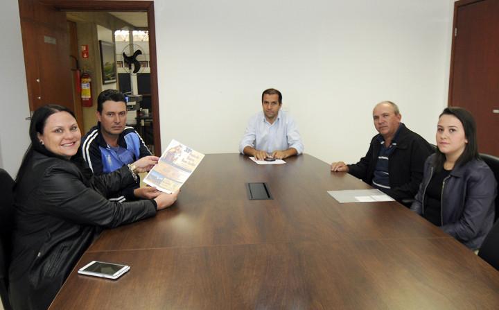 Organizadores foram recebido pela secretária Valéria