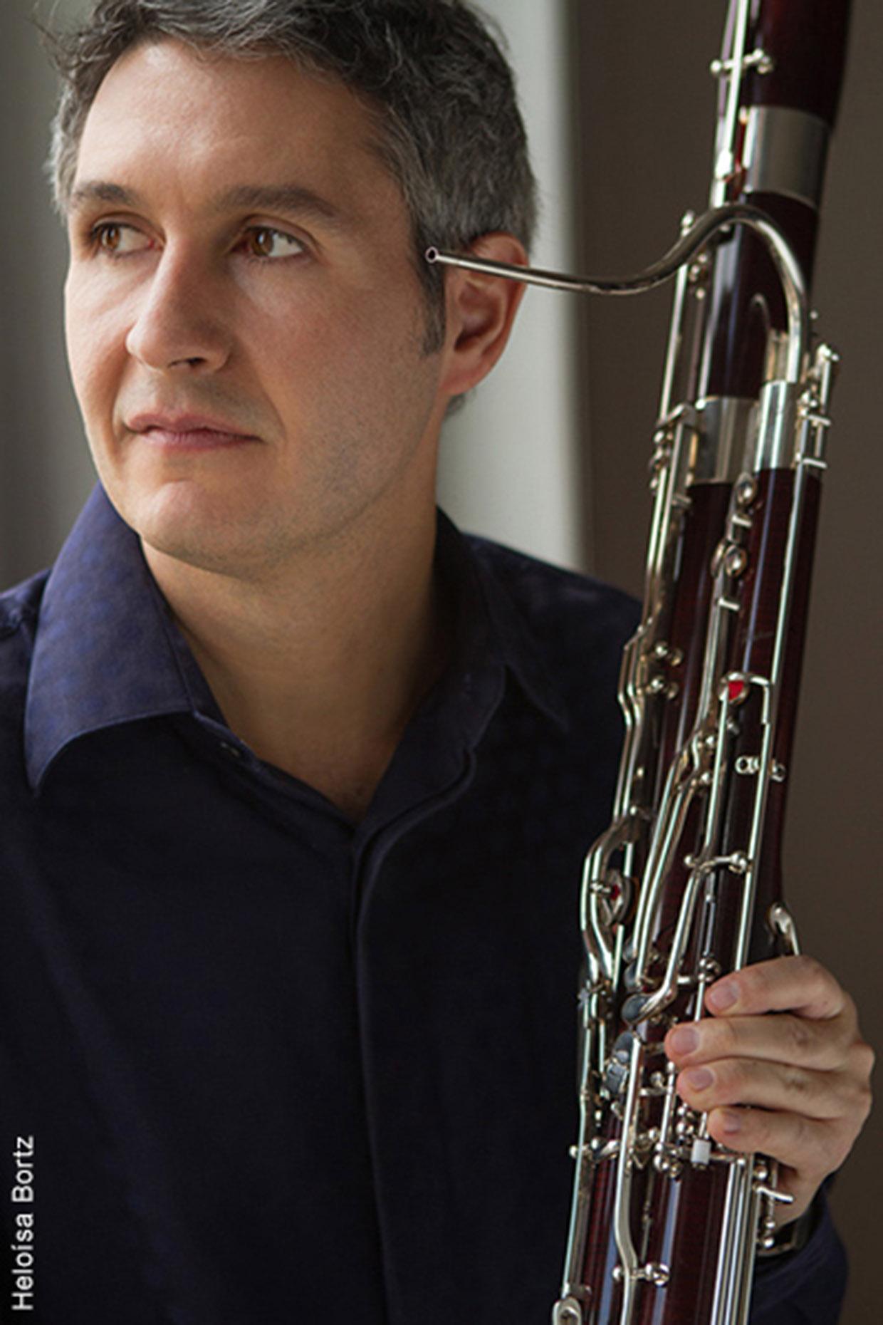 Fagotista Fábio Cury toca desde os 11 anos e tem formação acadêmica na Alemanha