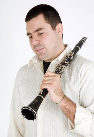 Clarinetista Alexandre Ribeiro é convidado especial da noite