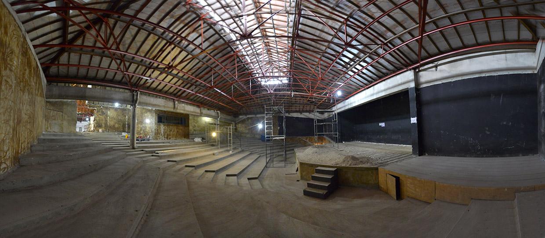O telhado já foi totalmente restaurado, mantendo a característica original