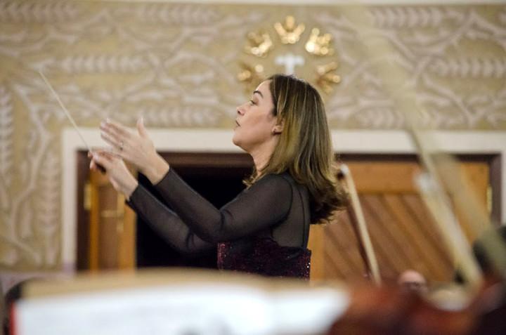 Vastí tem experiência internacional na regência coral e orquestral