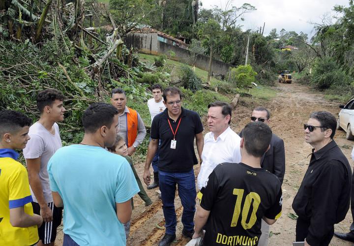 Prefeito e Gabinete de Gestão de Riscos voltam a vistoriar áreas atingidas pela chuva
