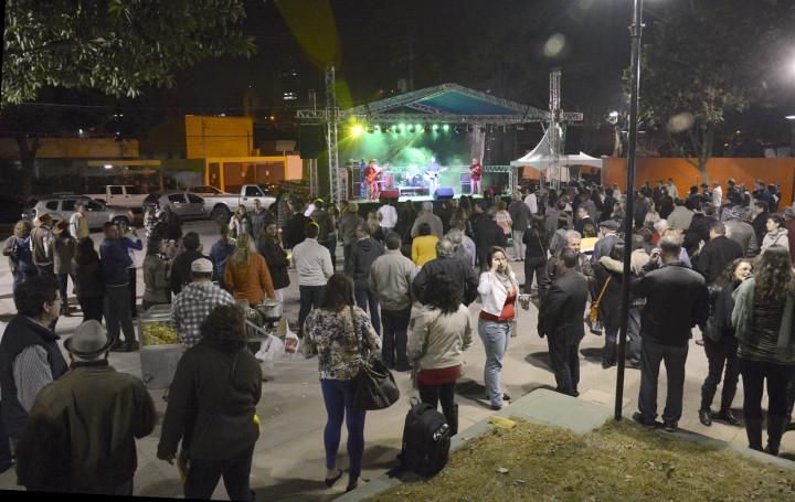 Evento vai repetir festa de entrega da praça do Vianelo
