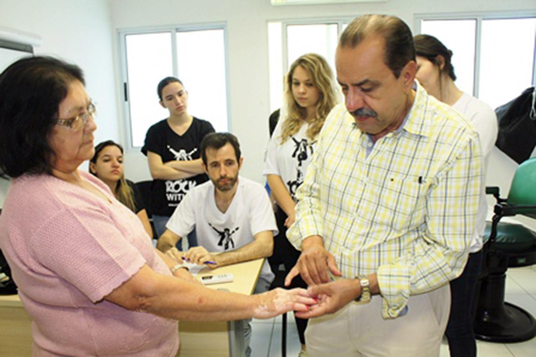 Ação é coordenada pelo dermatologista Paulo Cunha