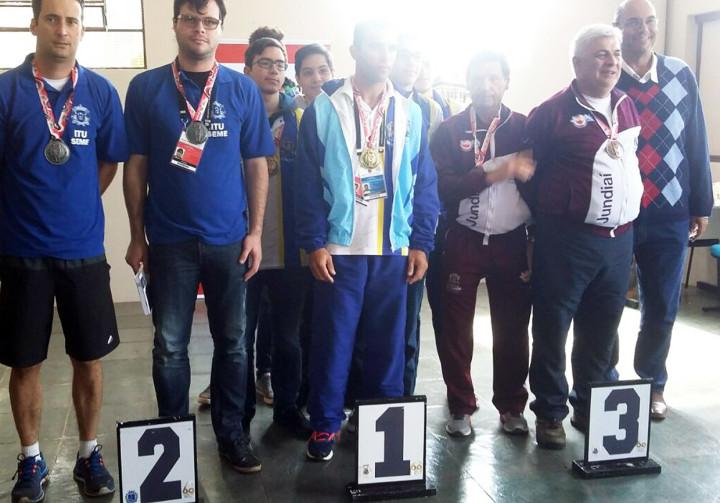 O xadrez masculino conseguiu subir no pódio e levou para casa o bronze