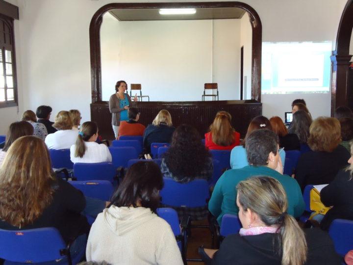 Gestores de escolas participaram de atividades no Núcleo Educacional e Cultural Professor Francisco Lírio