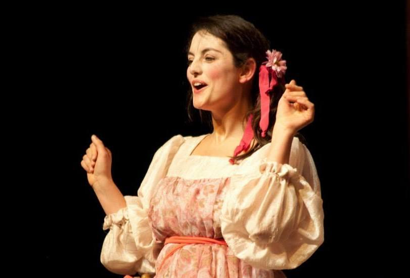 """Professora da oficina Tabata Makoski protagonizou a peça """"Senhor Dodói"""", que circulou gratuitamente em Jundiaí"""
