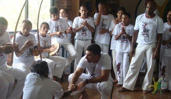 O grupo Capoeira Idalina atua em Jundiaí desde 1984