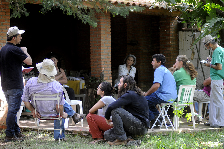 Visita de outros agricultores, técnicos e consumidores é parte do processo