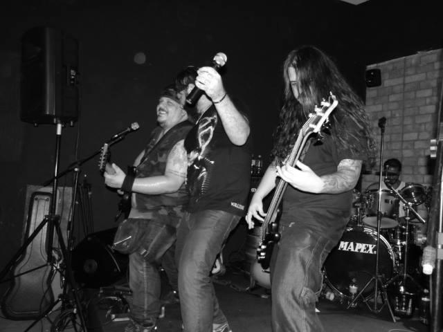 Banda U.T.I Atua em Jundiaí há 26 anos tocando clássicos do rock
