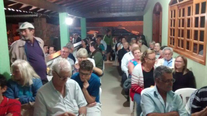 Moradores em evento que colocou fim em espera de quase 30 anos